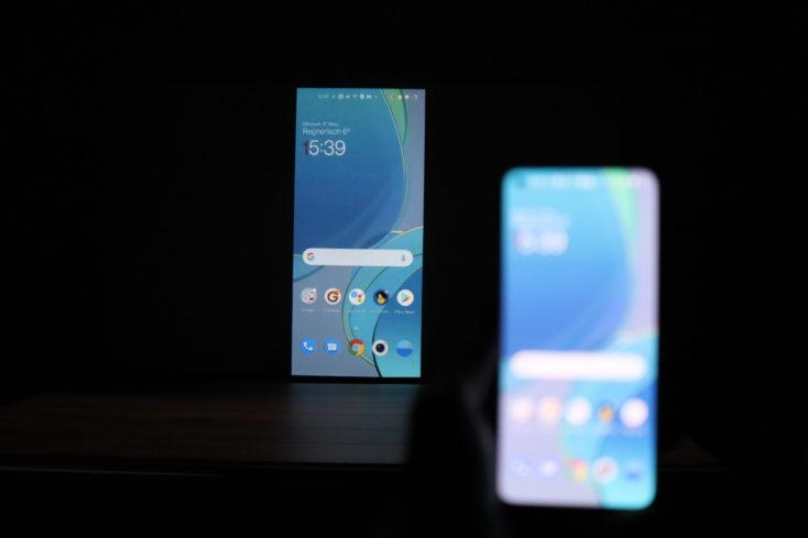 EZCast V3 Beamer Android verbunden