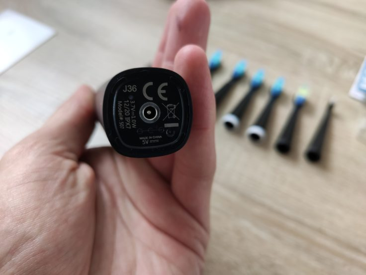 Fairywill D7 elektrische Zahnbürste CE-Kennzeichen
