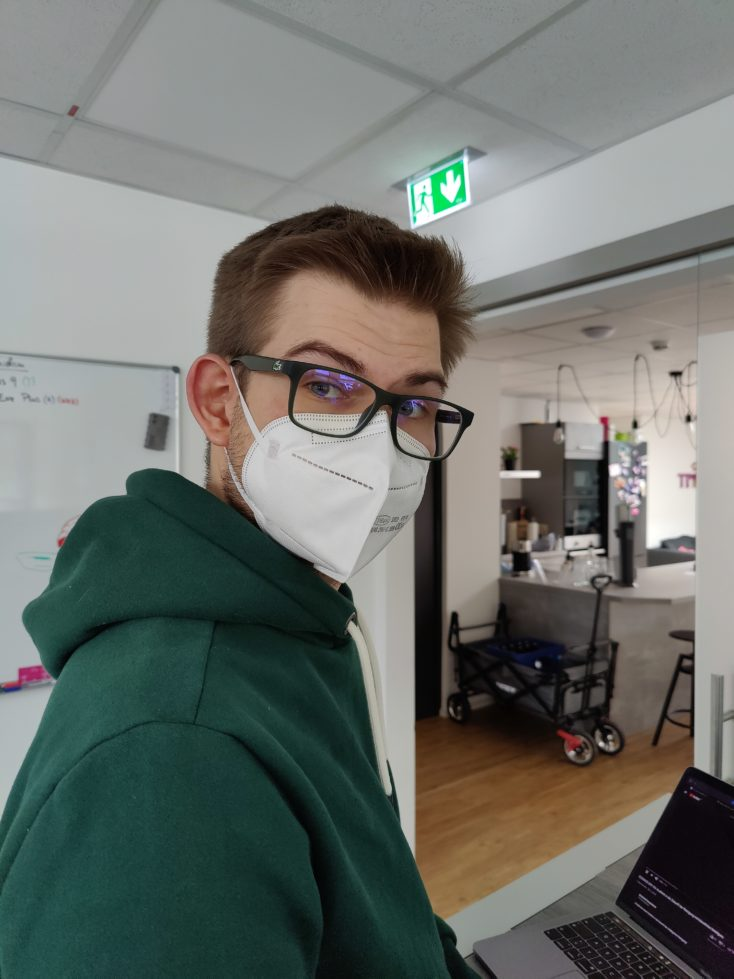 OnePlus 9 Hauptkamera Testfoto Person Schaerfe