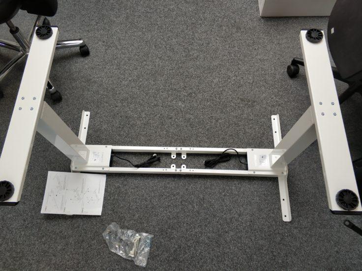 ACGAM ET225E Stehschreibtisch hoehenverstellbar Aufbau Zwischenergebnis