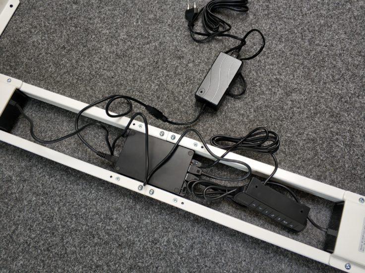 ACGAM ET225E Stehschreibtisch hoehenverstellbar Elektronik Kabel