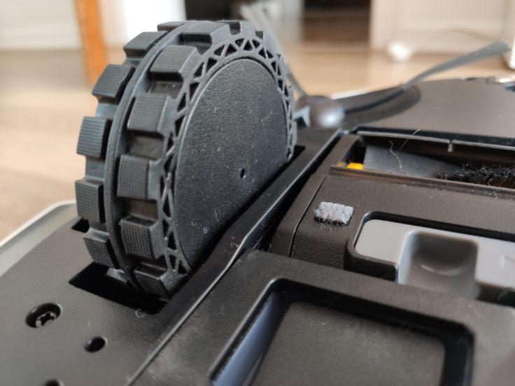 Ecovacs DEEBOT T9+ Saugroboter Unterseite Reifen