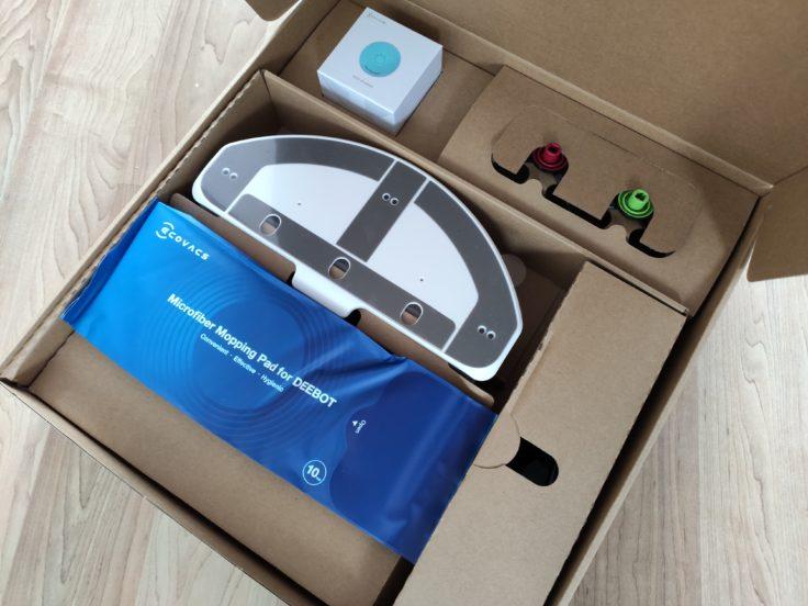 Ecovacs DEEBOT T9+ Saugroboter Verpackung Lieferinhalte