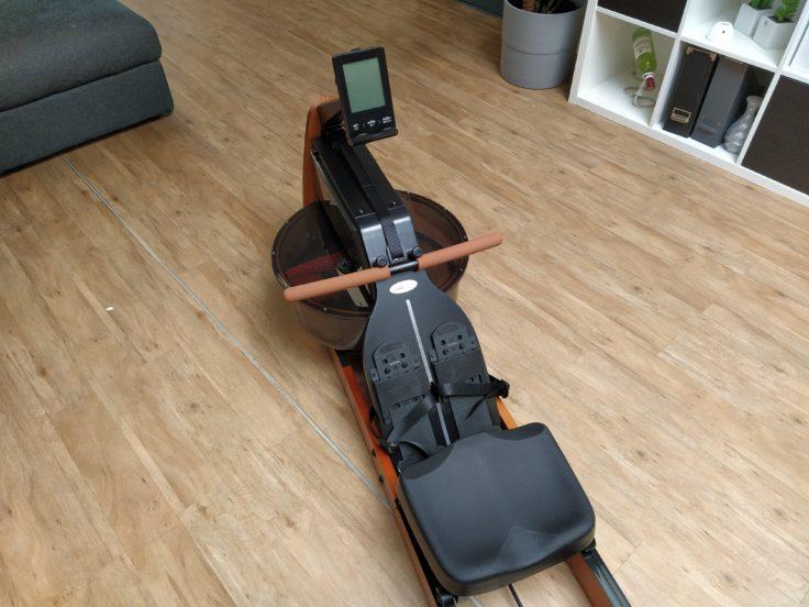 Mobi Fitness Rudergeraet mit Wasserwiderstand Optik