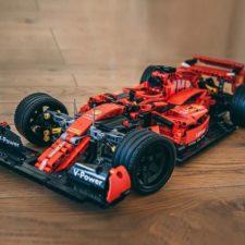 Mork Formel 1 Wagen rot