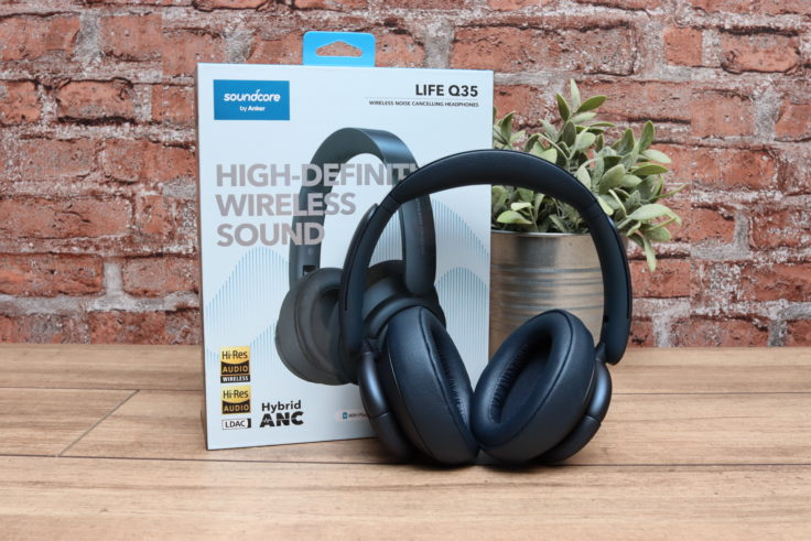 Soundcore Life Q35 Kopfhoerer mit Verpackung