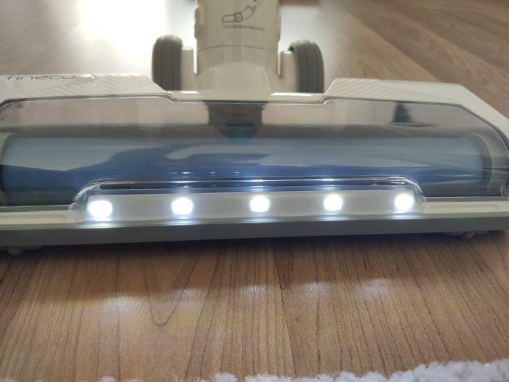 Tineco A11 Master Akkusauger LED-Leuchten an Bodendüse