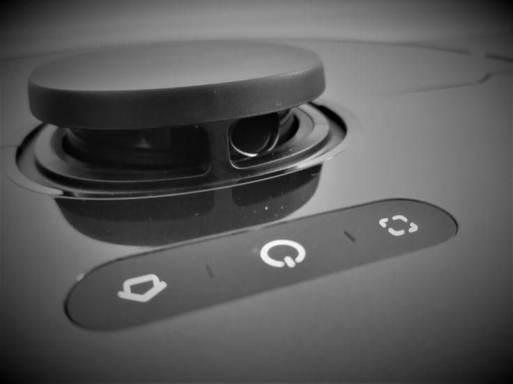 Dreame Bot L10 Pro Saugroboter Bedienelemente vorne