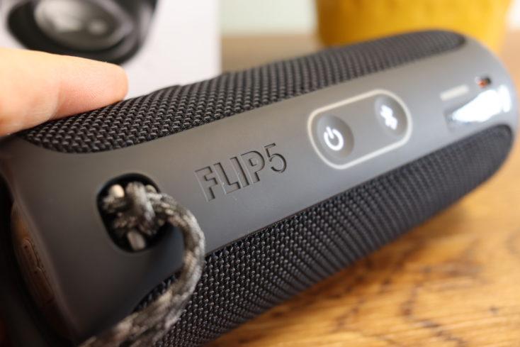 JBL Flip 5 Lautsprecher Rückseite
