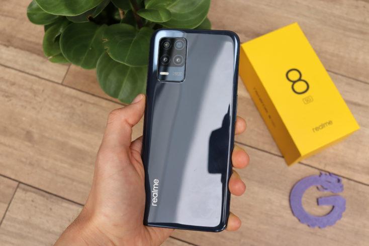 Realme 8 5G Smartphone Rueckseite