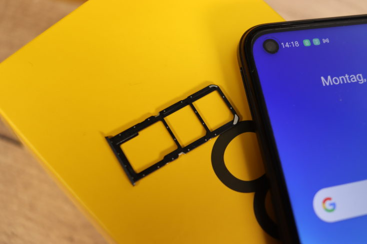 Realme 8 5G Smartphone SIM Slot
