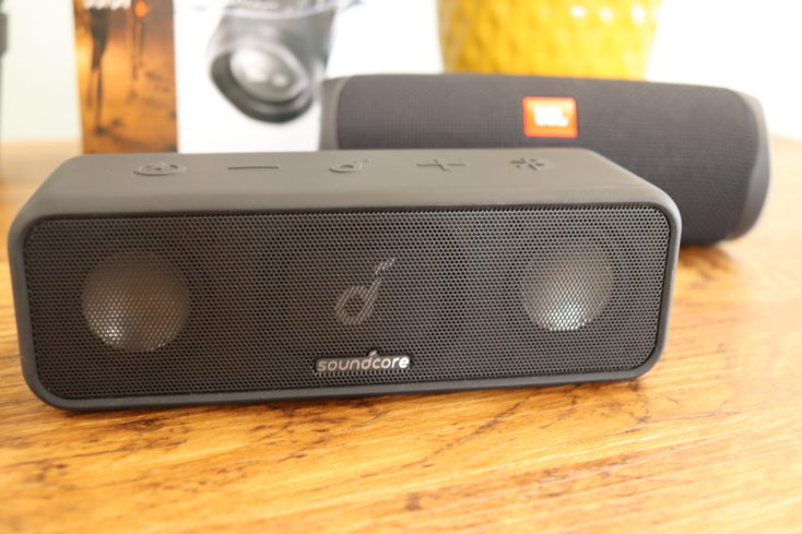 JBL Flip 5 Lautsprecher mit Soundcore 3