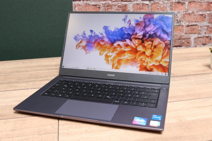 Honor MagicBook 2021 Notebook von vorne