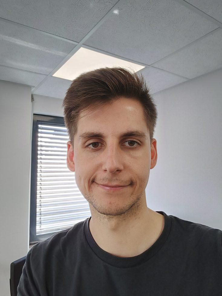 Realme GT Frontkamera Testfoto Selfie