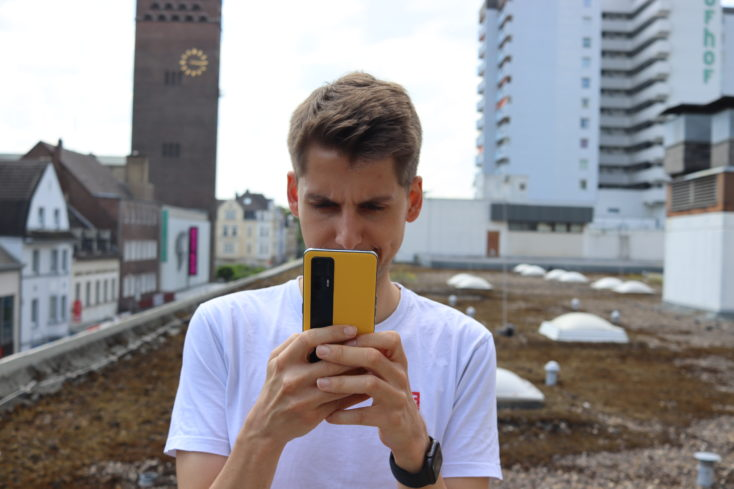 Realme GT Smartphone Lifestyle 2