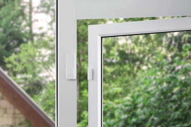 SwitchBot Kontaktsensor am Fenster