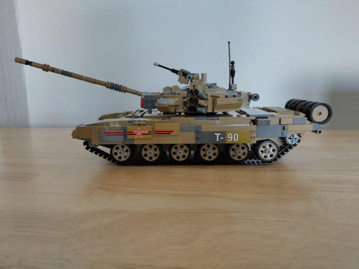 CaDA T90 Panzer C61003W mit Aufklebern 3