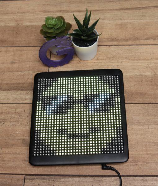 Hi.Groom LED-Monitor SpaceApp Display