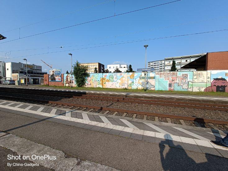 OnePlus Nord 2 5G Bahnhop Ultraweit