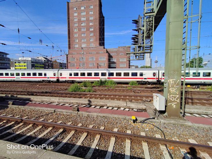 OnePlus Nord CE 5G Bahn Ultraweit
