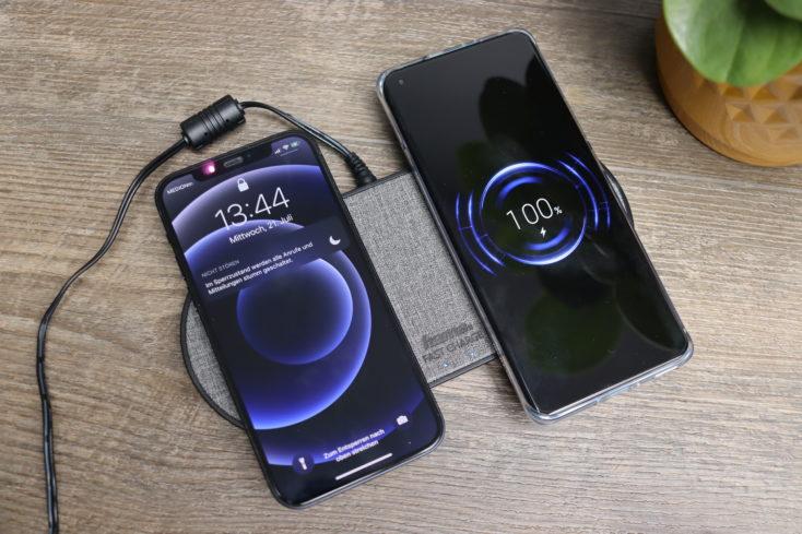 hama Duo Qi-Ladegeraet Kabelloses Laden zwei Smartphones