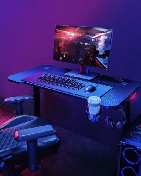 Aukey Gaming Schreibtisch