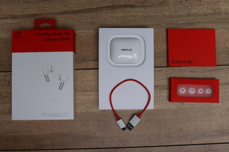 OnePlus Buds Pro Kopfhoerer Lieferumfang