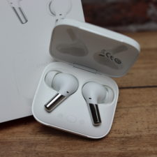 OnePlus Buds Pro Kopfhoerer im Case