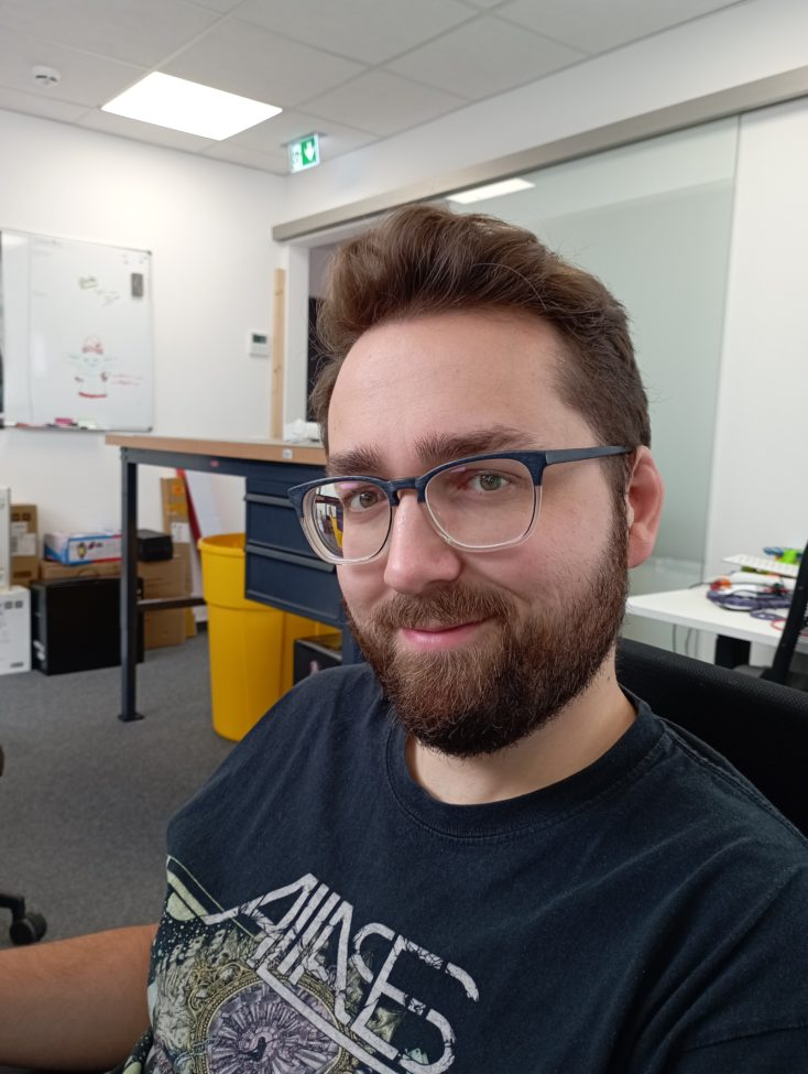 Redmi 10 Hauptkamera Testfoto Person gut