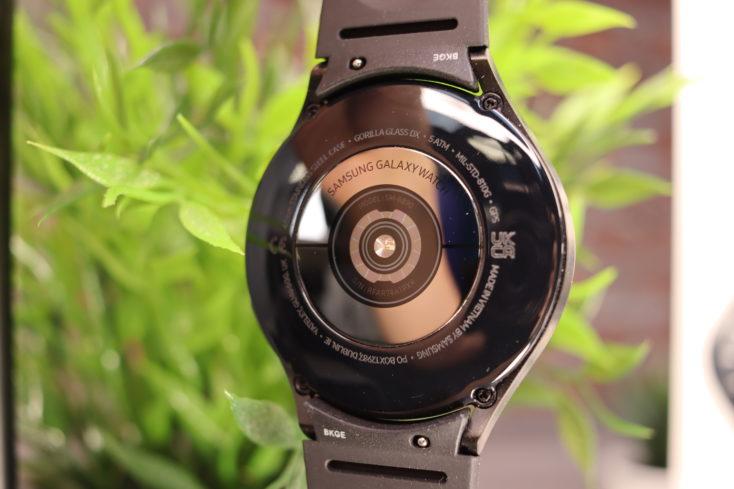 Samsung Galaxy Watch 4 Rueckseite Sensoren