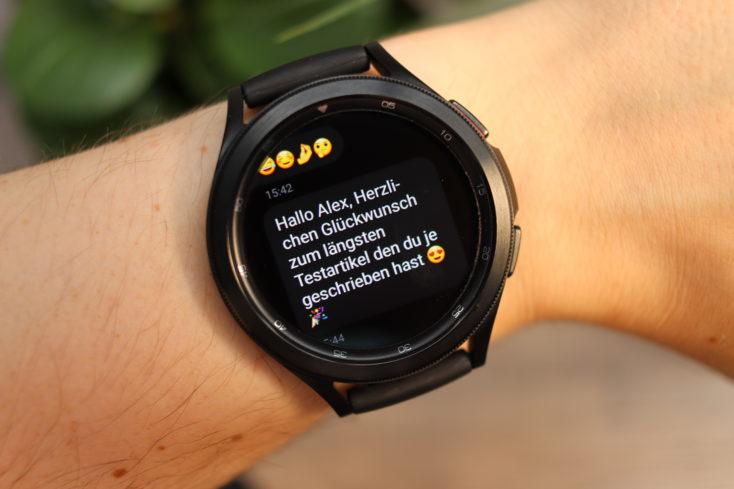 Samsung Galaxy Watch 4 WhatsApp Emojis Benachrichtigung