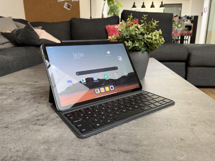 Xiaomi Pad 5 Tablet mit Tastatur und Xiaomi Smart Pen